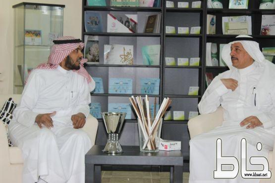 وكيل وزارة العمل والتنمية الاجتماعية الديني في زيارة لمركز التنمية الإجتماعية بجدة