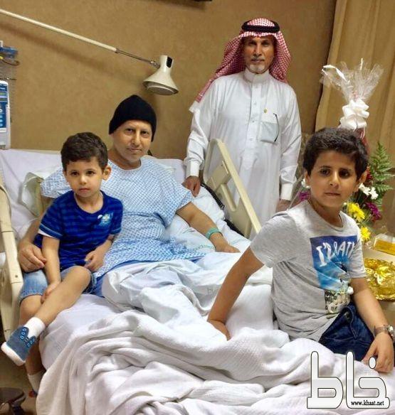 احمد جرمان يرقد على السرير الابيض
