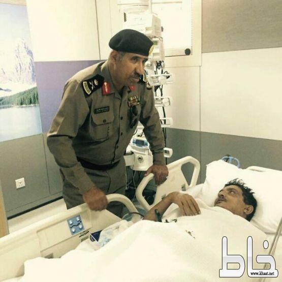 مدير شرطة عسير يشرف على علاج الرقيب اول فيصل البارقي بعد تعرضه لوعكة بمركز الضبط الأمني بالمجاردة
