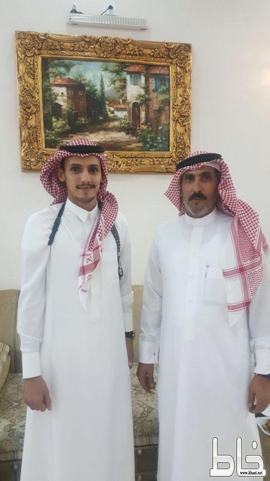 عبدالرحمن العمري يحتفل بعقد قرانه بمدينة ابها