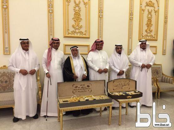 رجل الاعمال سالم بن مغرم العمري يحتفل بزواج ابنائه