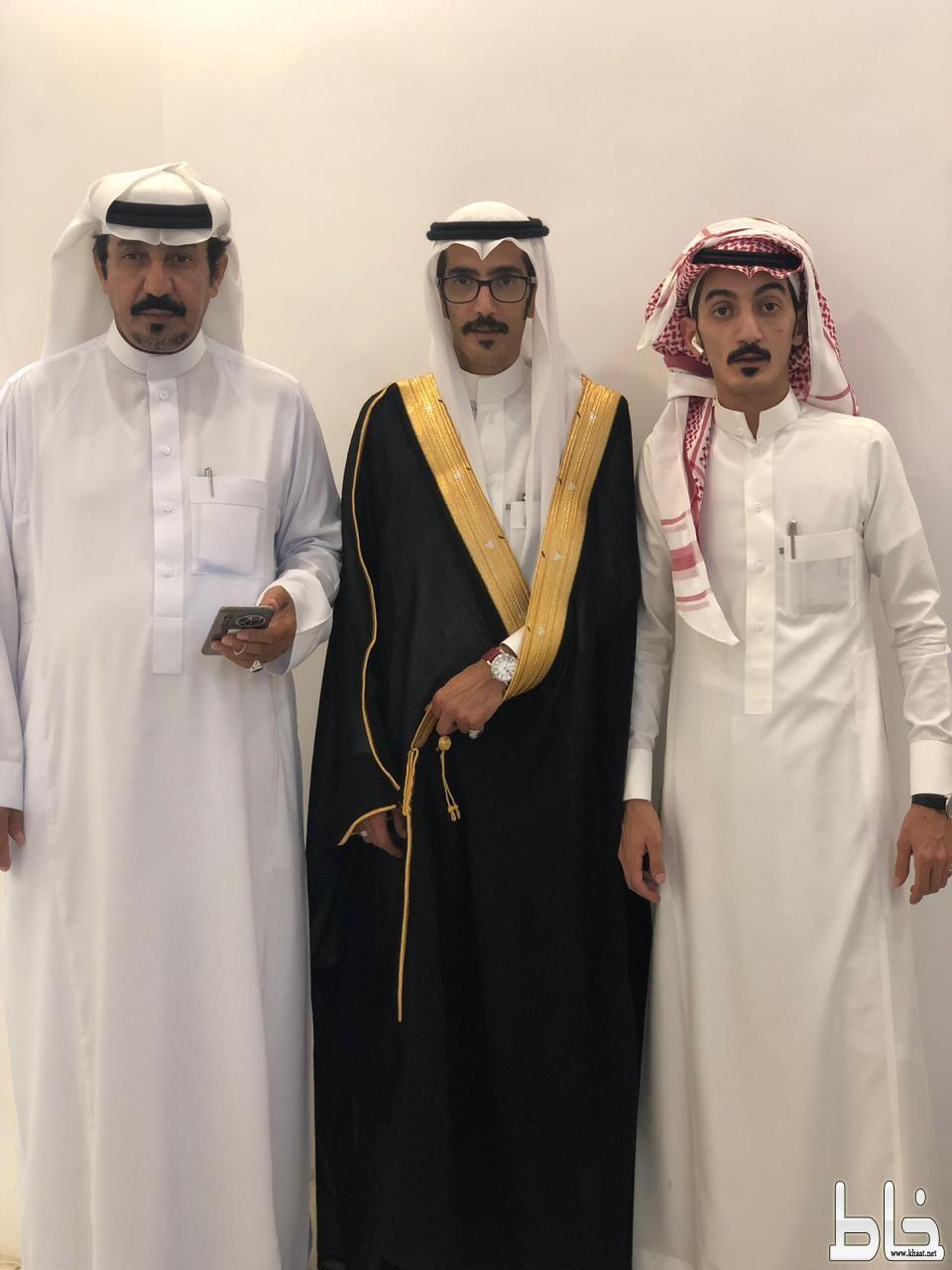 عبدالخالق العمري يحتفل بعقد قرانه
