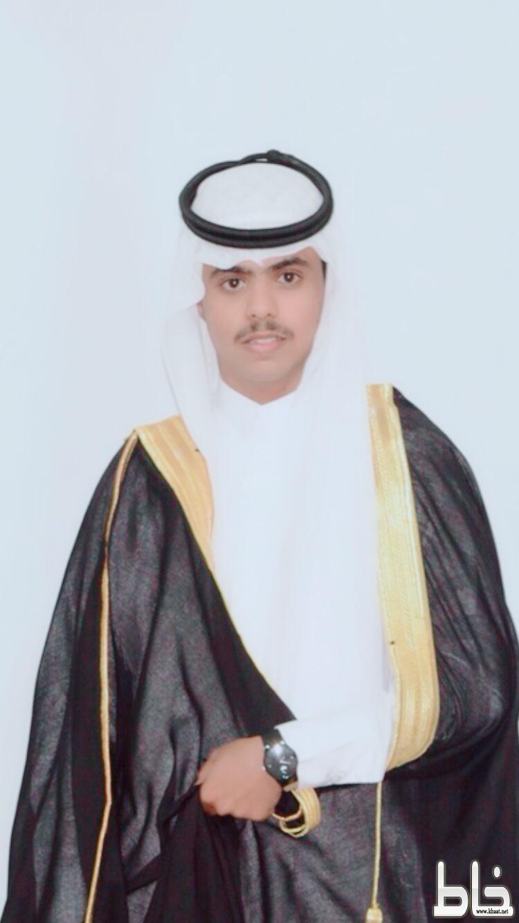ناصر آل حجري يحصل على دبلوم الحاسب من كلية التقنية بالنماص ..