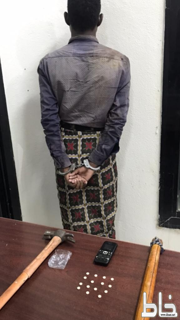 شرطة عبس تقبض على احد اكبر مروجي الخمور بمركز عبس