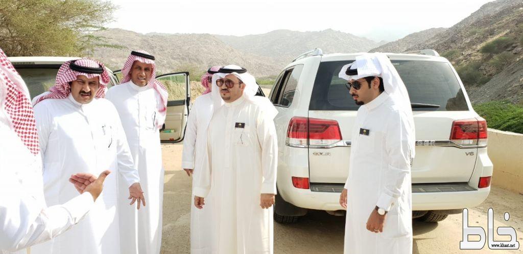 محافظ المجاردة ومدراء الإدارات الحكومية يزورون مركزي أحد ثربان وثربان