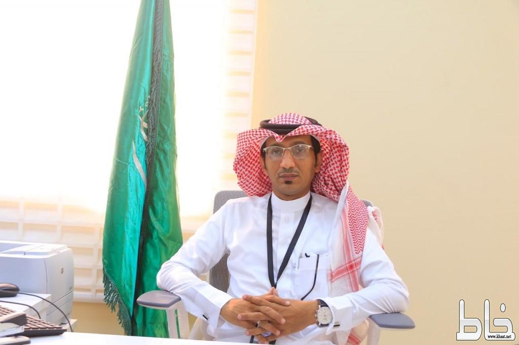 محمد هيازع البارقي مدير لمركز صحي بارق الجديد