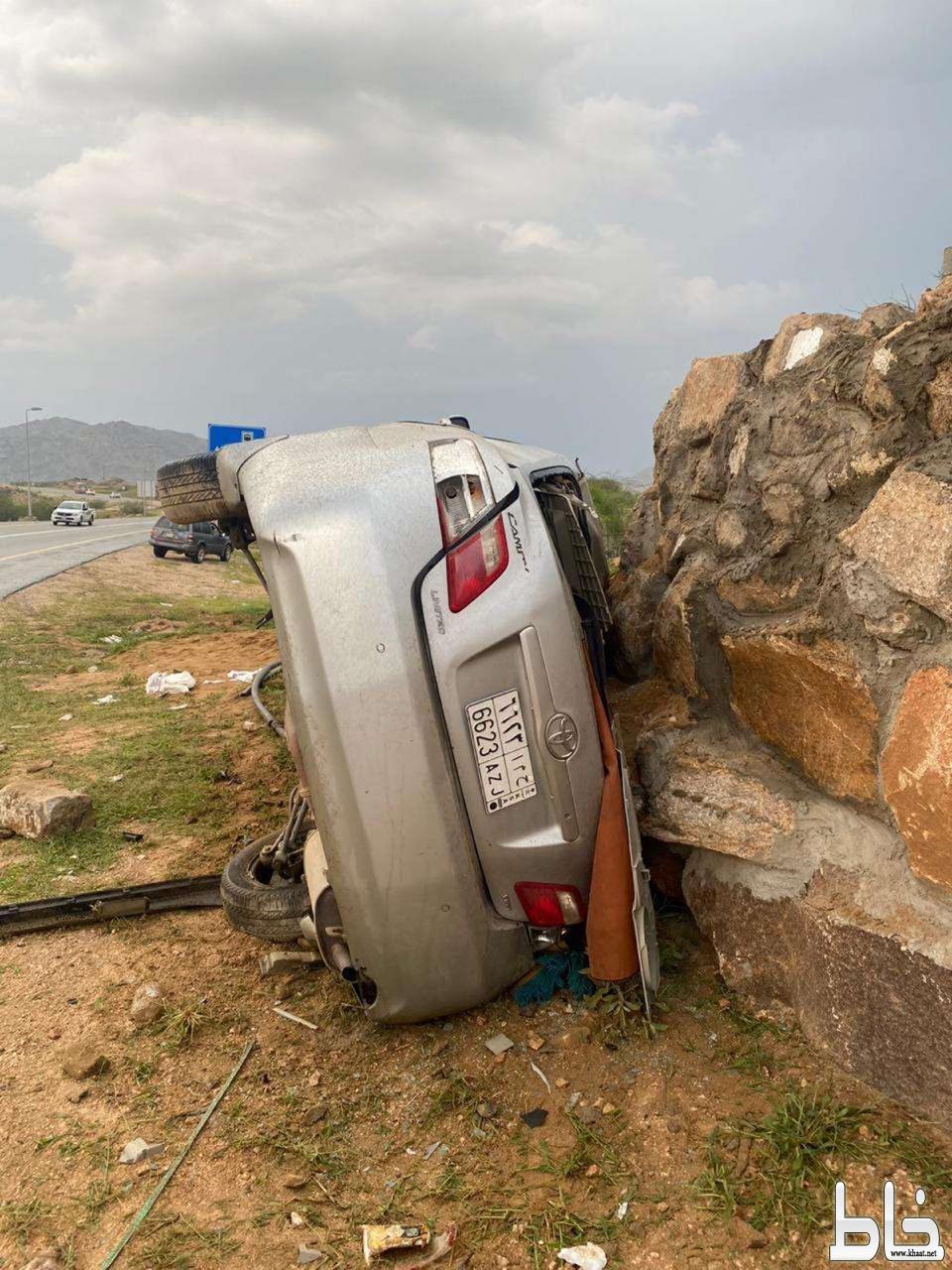 وفاة شاب بحادث انقلاب سيارة في منعطف الموت بأحد ثربان