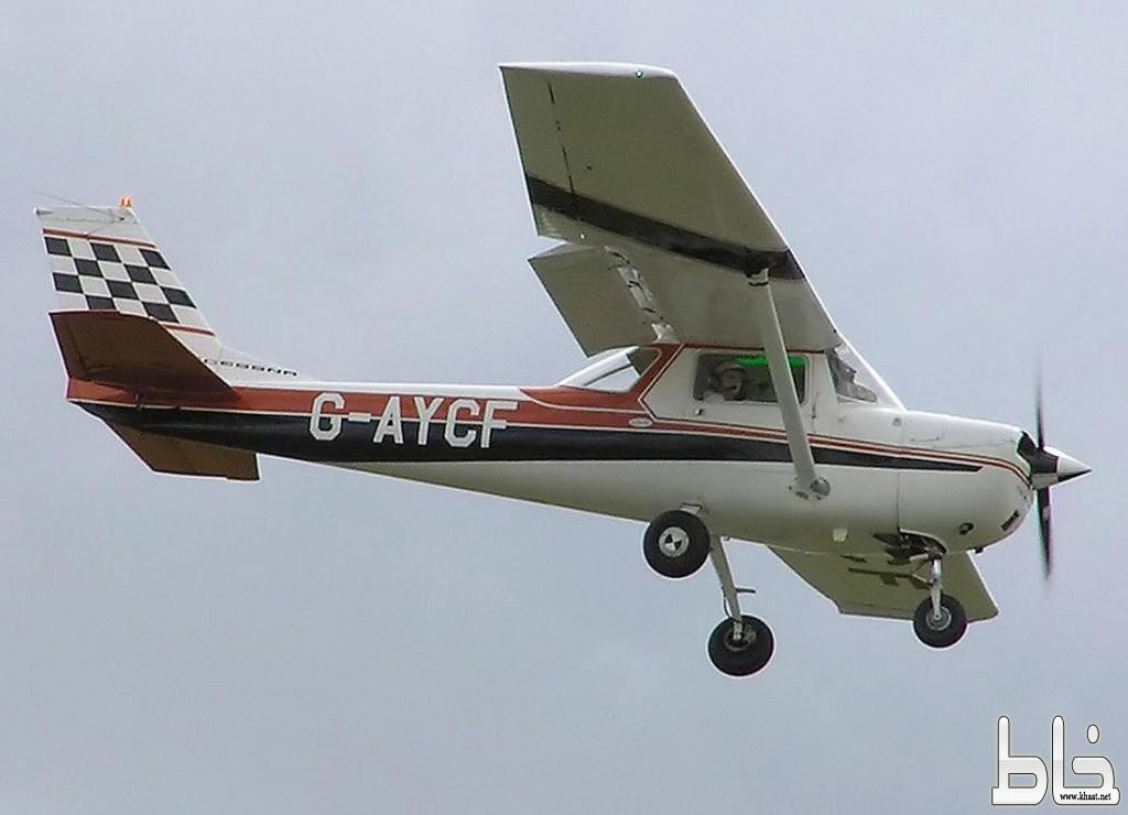 عاجل : هبوط طائرة في منطقة جبلية بين مركز خاط ومحافظة النماص ومازال البحث عن قائدها