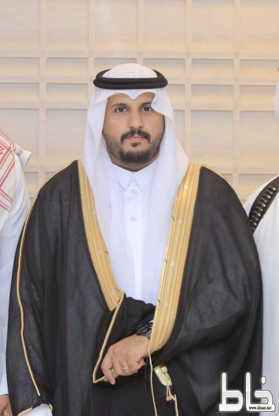 الشاب عبدالعزيز عامر العذيبي يحتفل بزواجه