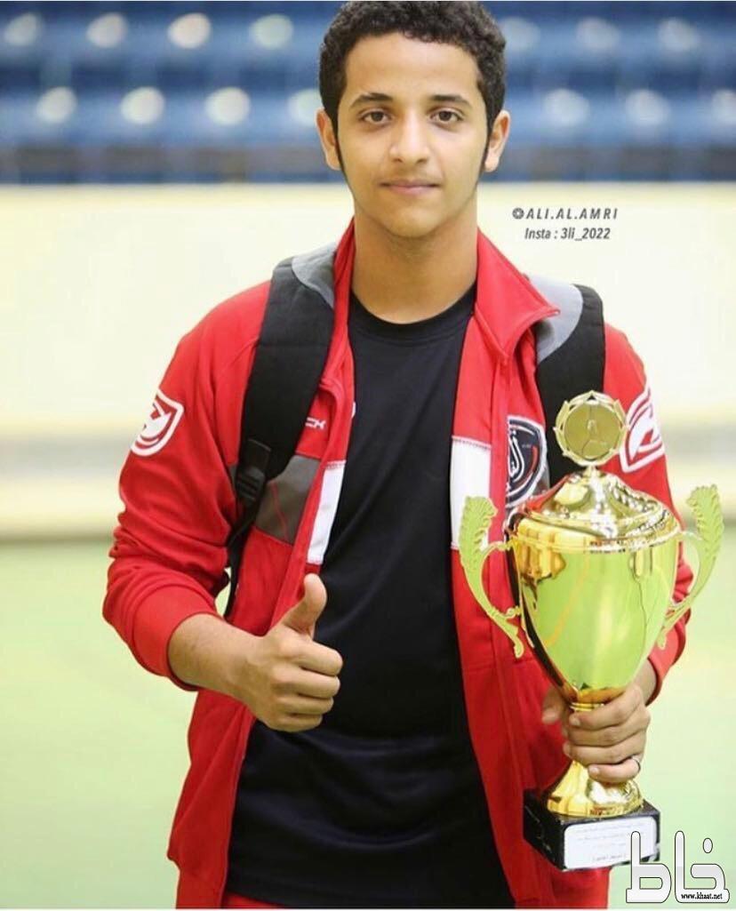 البدوي لاعب نادي الفاروق إلى صفوف نادي الوحده الرياضي