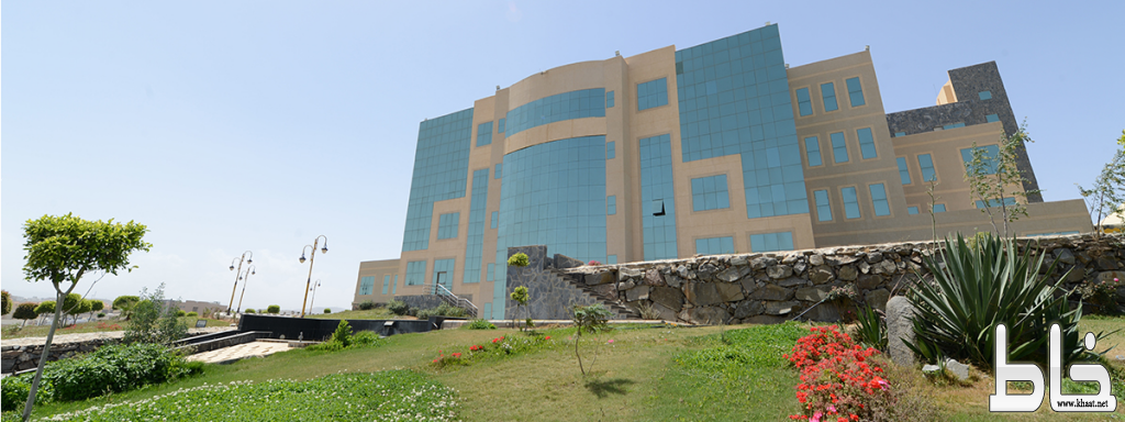أستاذ بطب الأسنان في جامعة الملك خالد يحصل على براءة اختراع لجهاز يقيس مرض اللثة المزمن والسكري