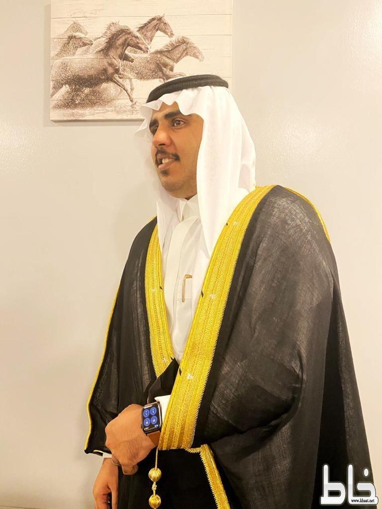 الاستاذ أحمد عوض آل محمد العمري يحتفل بزواجه