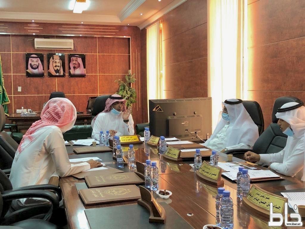 بلدي بارق يعقد جلسته الـ ٥٦ و يعتمد خطة البلدية لعيد الأضحى المبارك