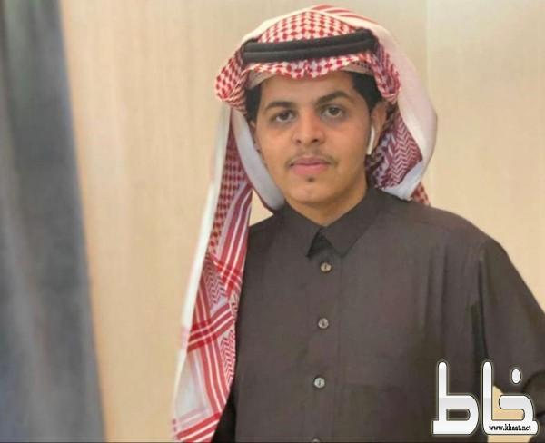 الشيخ علي حسن العمري شيخ قبيلة آل الدهيس يحتفل بتخرج ابنه المهندس حسن
