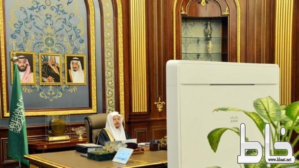 """""""الشورى"""" يطالب الزكاة والدخل بتحصيل الضرائب من مشاهير مواقع التواصل"""