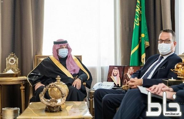 أمير منطقة عسير يستقبل السفير السويدي لدى المملكة