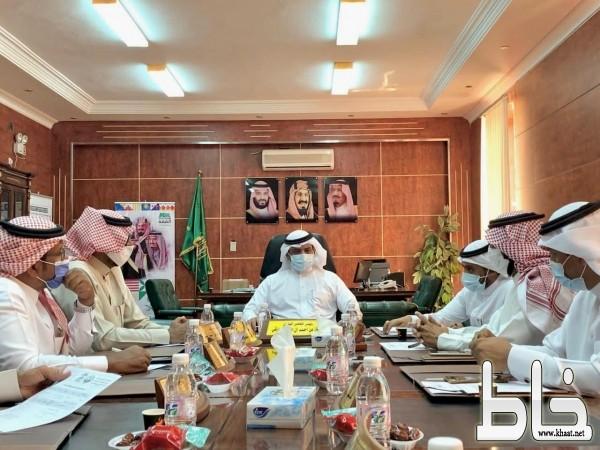 بلدي بارق يعقد جلسته الـ ٦٤ ويناقش طرق دعم مشاريع البلدية