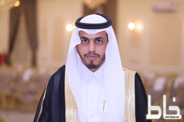 الاستاذ عبدالعزيز محمد الصميدي يحتفل بزواجه