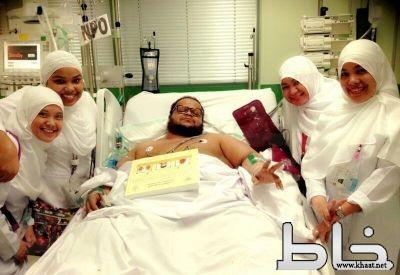 نهاية معاناة مريض السمنة هتان الشهري (صور)
