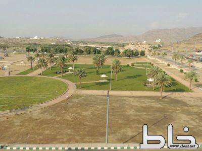 بلدية المجاردة تستعد لاستقبال زوار الشتاء بزيادة المسطحات الخضراء