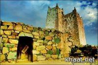 هيئة السياحة والأثار تكرم الشيخ فراج العسبلي لتبرعه بقصره في النماص