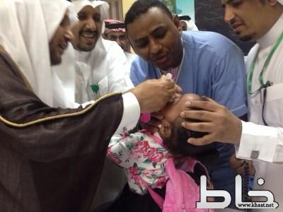نيابة عن محافظ بارق  وكيل محافظة بارق الاستاذ عائض  الشهري يدشن حمله التطعيم ضد شلل الاطفال