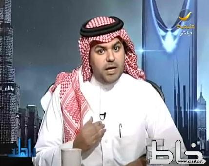 بالفيديو..إعلامي يوجه رسالة قاسية لـوزير الخدمة