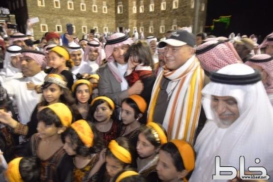 الأمير سلطان بن سلمان يرعى فعاليات قرية رجال ألمع في ملتقى التراث العمراني